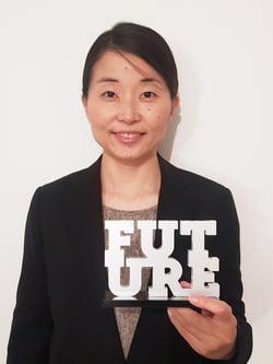 Akiko Omori with Future Award